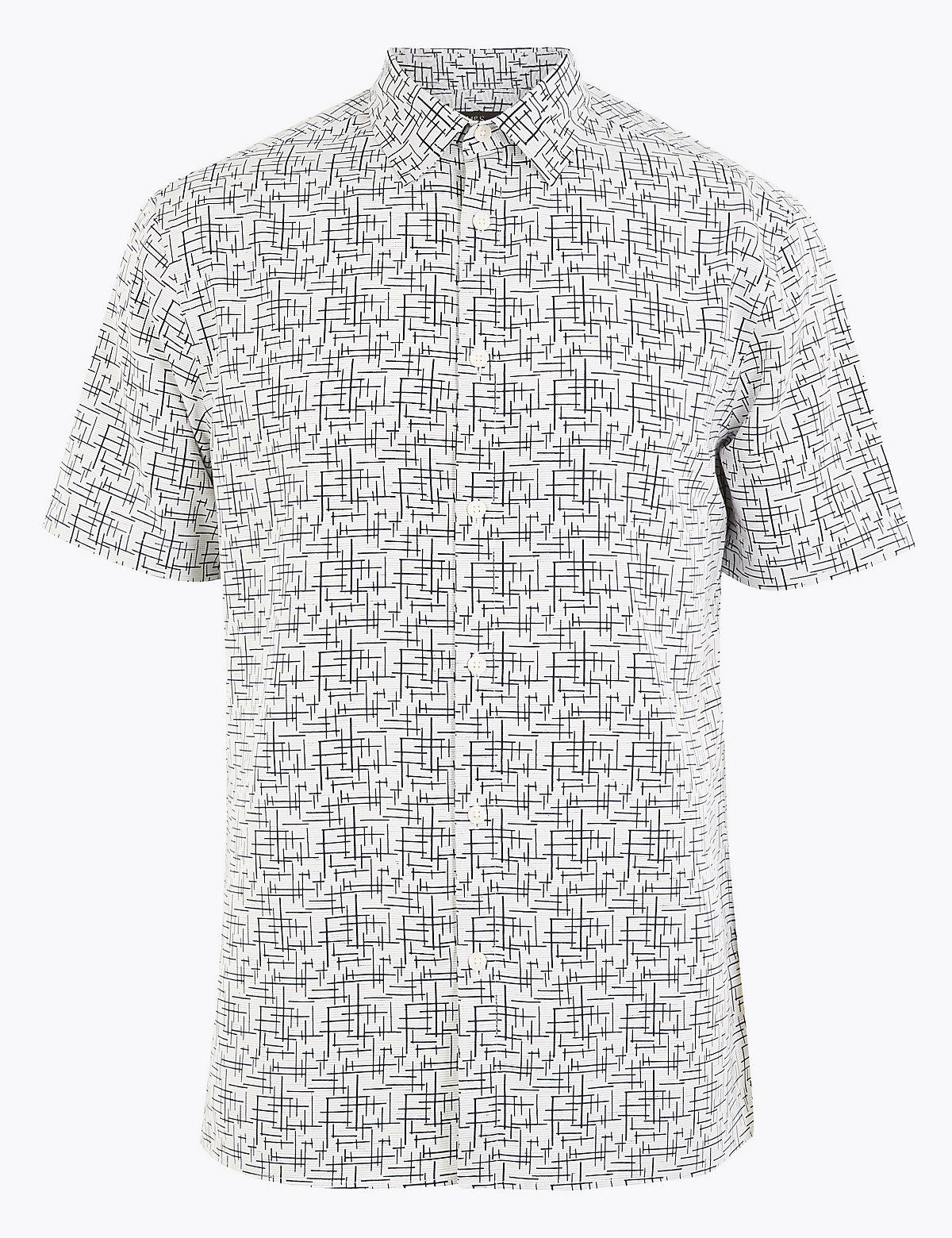 Мужская рубашка с коротким рукавом и геометрическим принтом