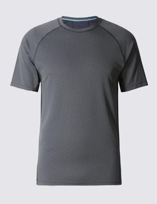 Слегка приталенная футболка Cool Comfort