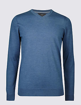 Pure Merino Wool V-Neck Jumper, MED BLUE DENIM, catlanding