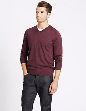 Pure Merino Wool V-Neck Jumper, DARK RASPBERRY, catlanding