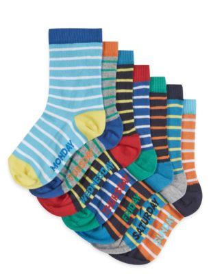 """Цветные носки """"Дни недели"""" в полоску с технологией Freshfeet™ для мальчика 1-7 лет (7 пар) от Marks & Spencer"""