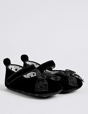 Baby Velvet Pram Shoes, BLACK, catlanding