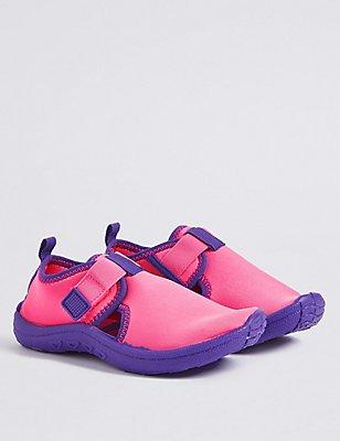 Kids' Riptape Aqua Sock Sandals, BRIGHT PINK MIX, catlanding