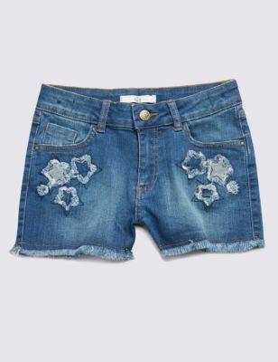 """Джинсовые шорты с аппликацией """"звёзды"""" для девочки 5-14 лет от Marks & Spencer"""