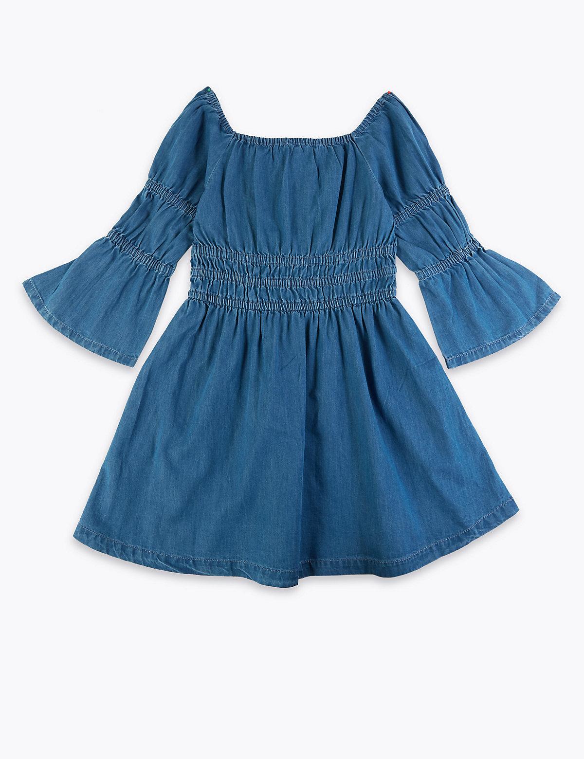 Джинсовое платье с гофрированным поясом и длинным рукавом