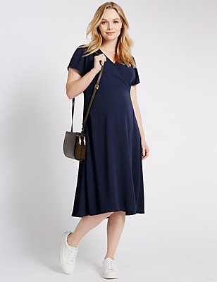 Maternity Wrap Dress, NAVY, catlanding