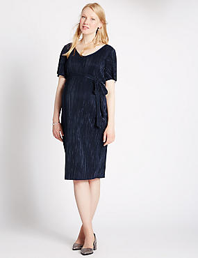 Maternity Short Sleeve Plisse Dress, NAVY, catlanding