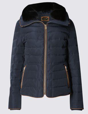 Утеплённая куртка с кантом и воротником-воронкой Per Una T493813L