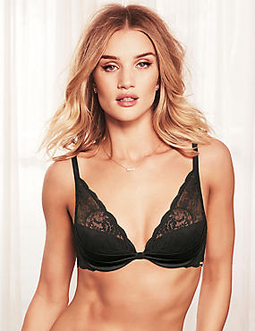 Silk And Lace Padded Beau Bra A-E, BLACK, catlanding