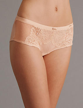Dentelle Lace Low Rise Shorts, POWDER, catlanding