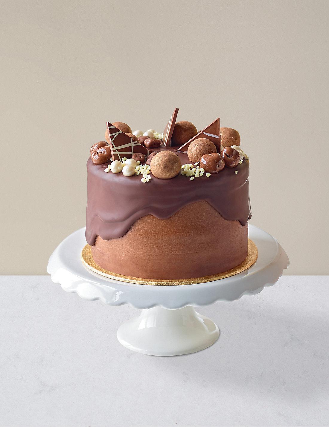 Chocolate Caramel Dribble Cake