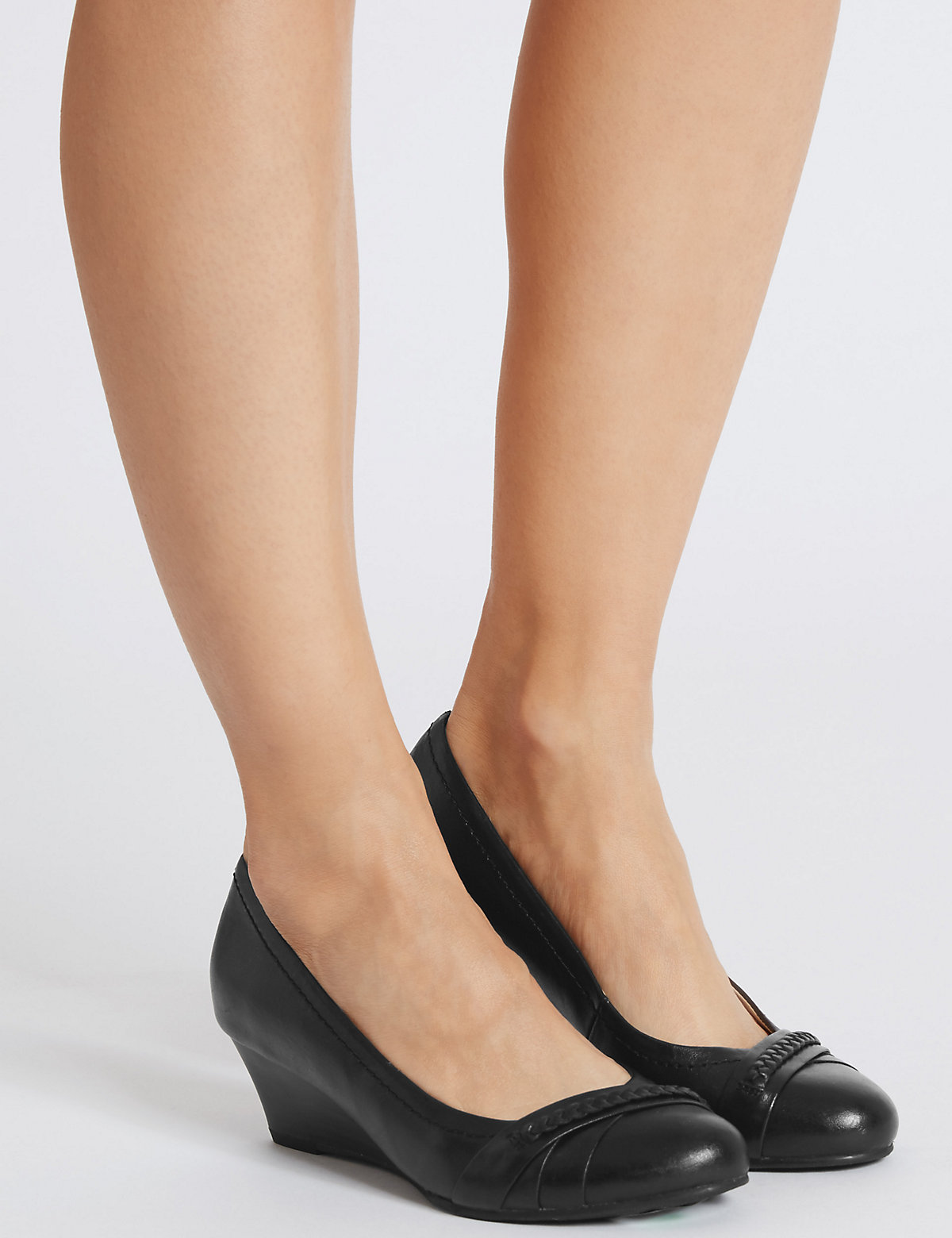 Footglove Leather Wedge Pleatted Pumps