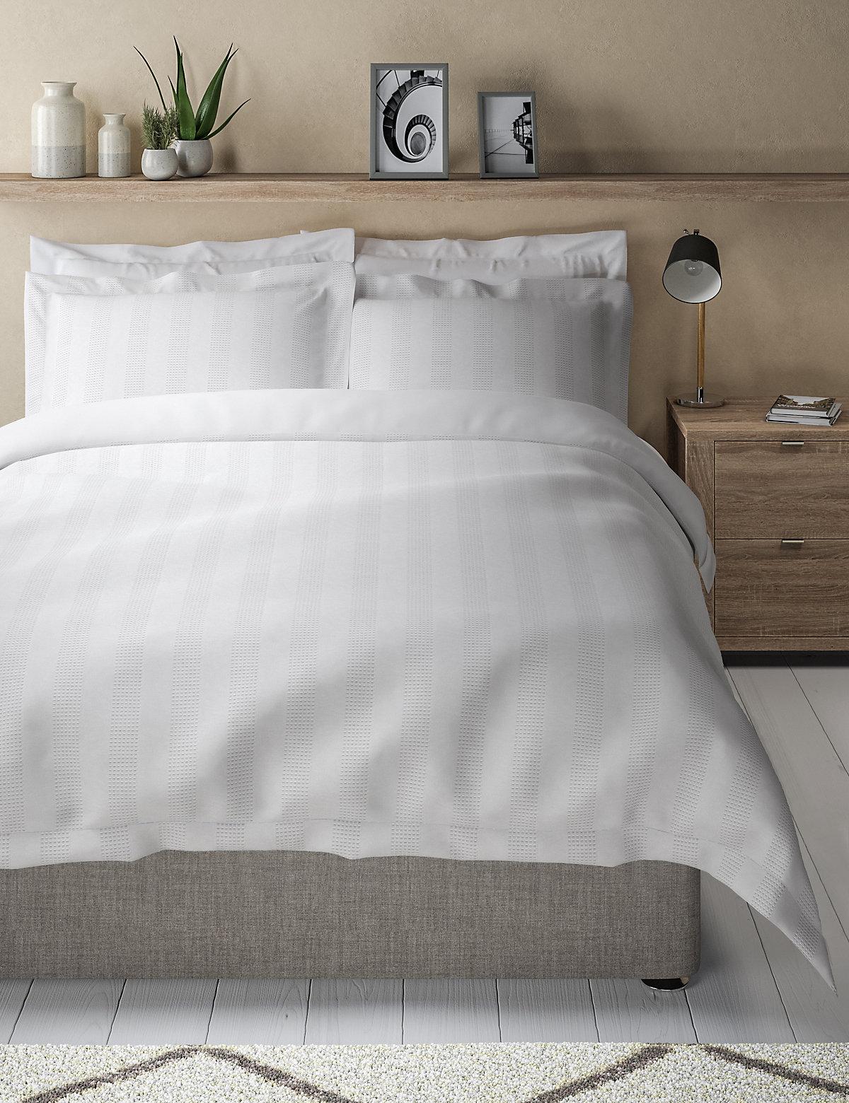 Waffle Striped Bedding Set