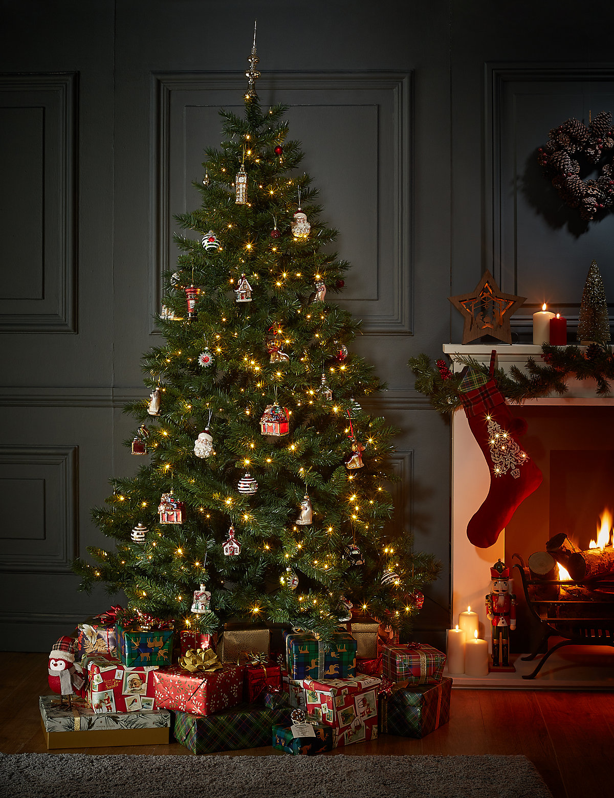 7ft christmas tree shop for cheap house decorations and save online. Black Bedroom Furniture Sets. Home Design Ideas