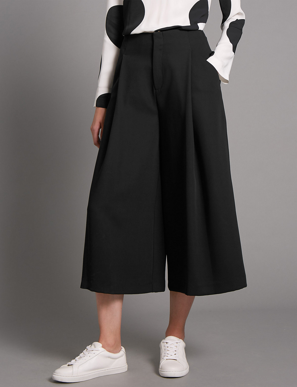 Autograph Deep Pleat Cropped Trousers