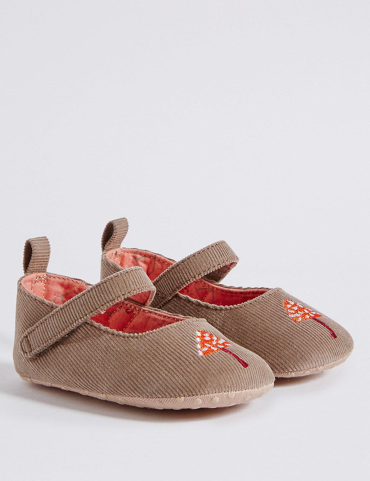 Baby Cross Bar Riptape Pram Shoes