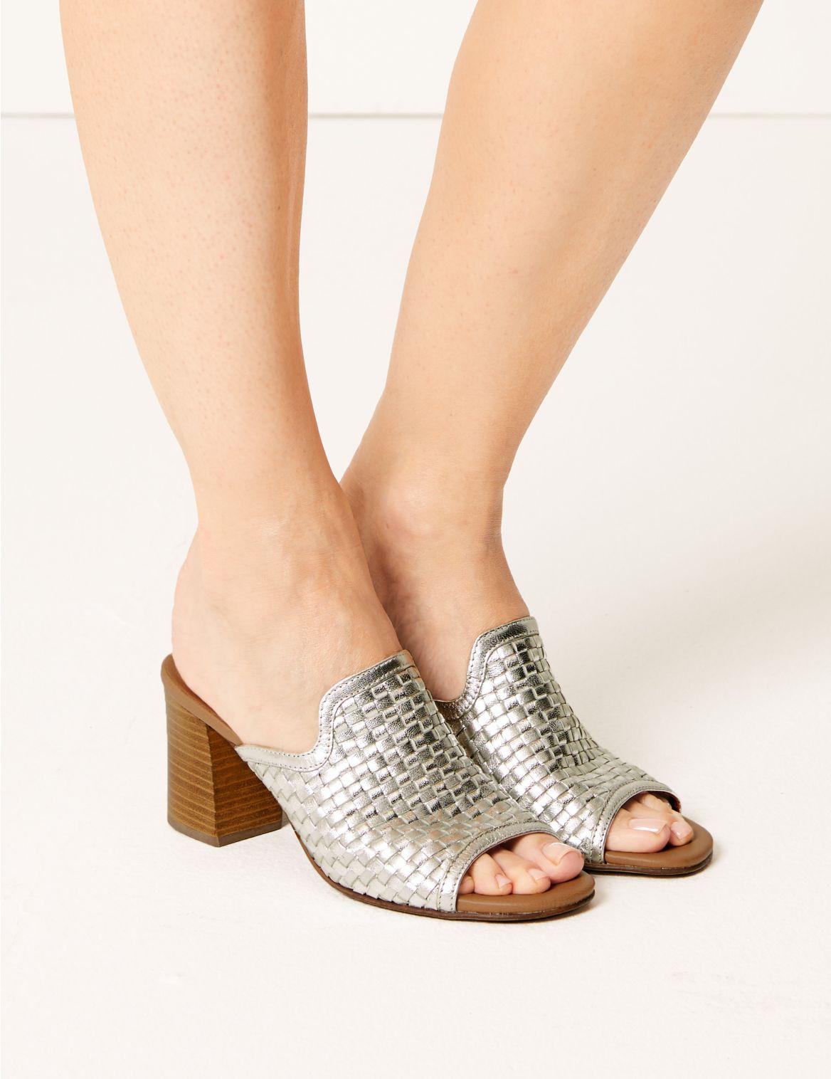 SD 01 T02 4445 XX X EC 0?wid=1168&hei=1516&fit=fit,1 - Women Shoes