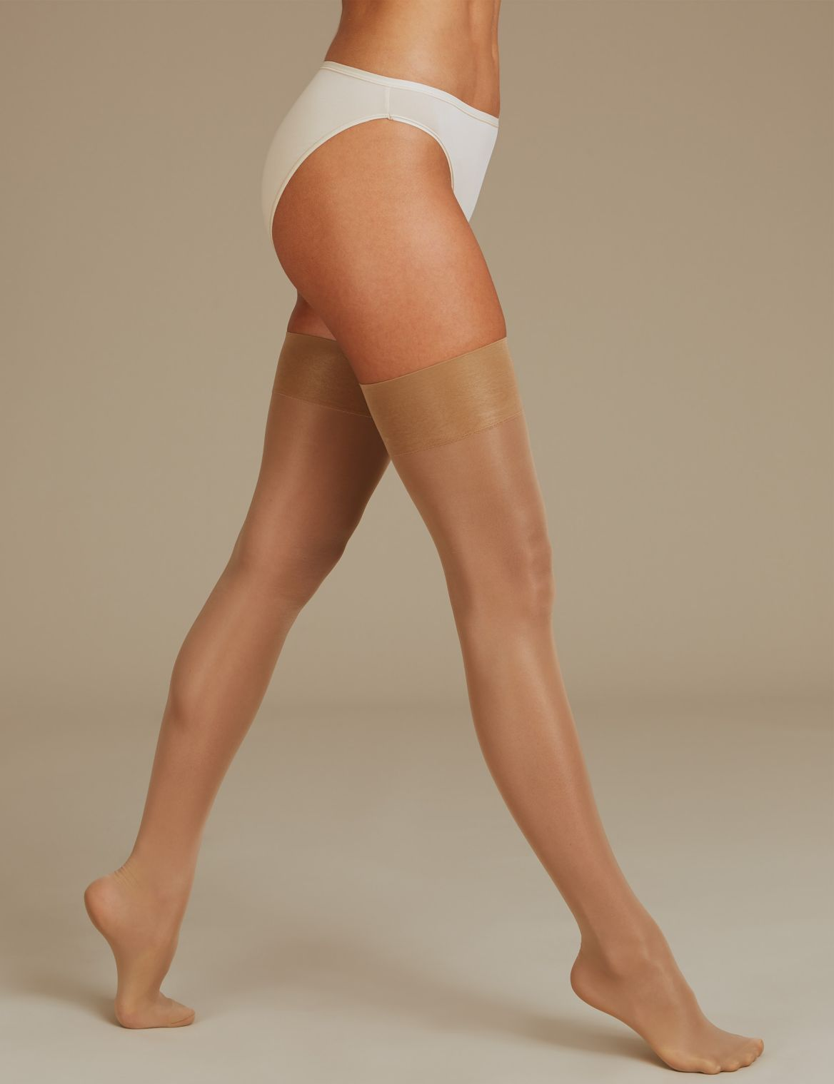 15 Denier Medium Support Stockings natural tan