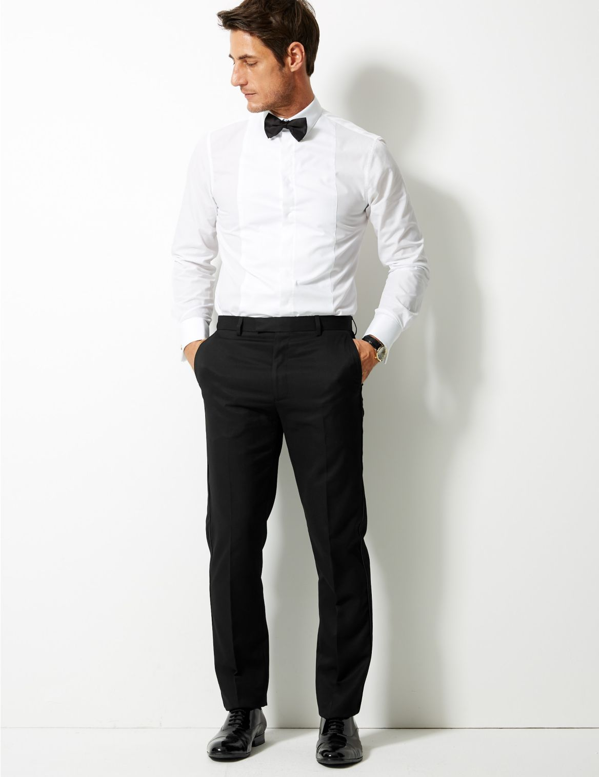 Pantalon noir coupe ajustĂŠe
