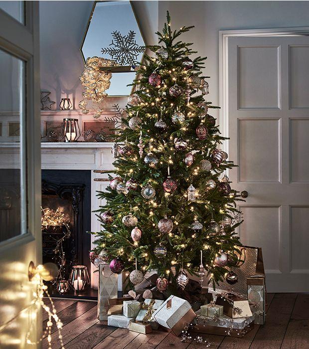 Silver Christmas Tree Decorating Ideas: Christmas Tree Decorating Ideas With A Twist