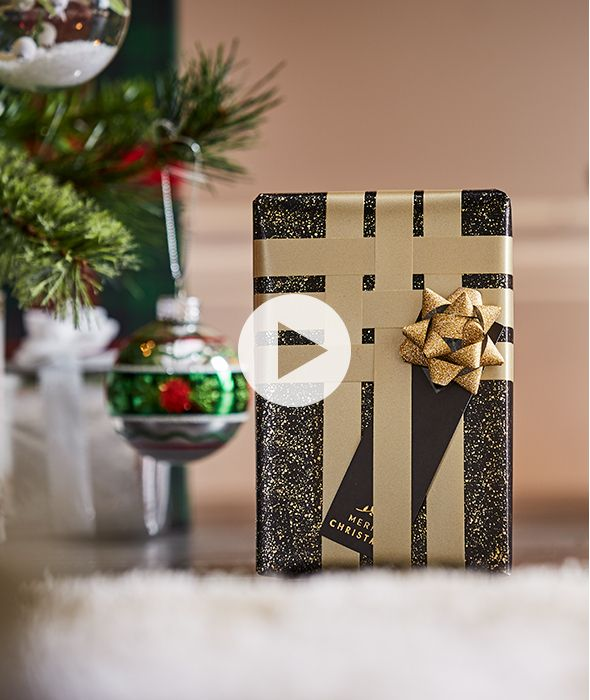 Clever ways to wrap christmas presents the luxe ribbon lattice negle Image collections