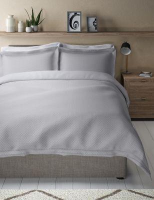 Iris Pure Cotton Spotty Dobby Bedding Set