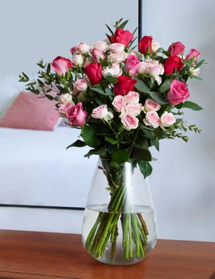 Valentine's Pink Mixed Roses Bouquet