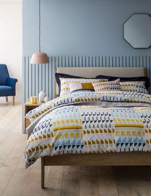 Cotton Rich Geometric Bedding Set