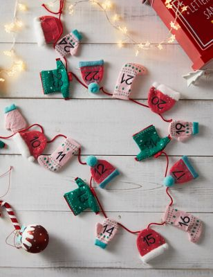 Felt Hanging Advent Calendar