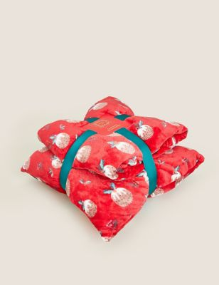 Fleece Pudding Cushion and Throw Bundle