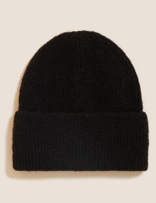 The Knitted Beanie