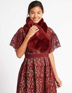 Faux Fur Slot Through Scarf, RED, catlanding