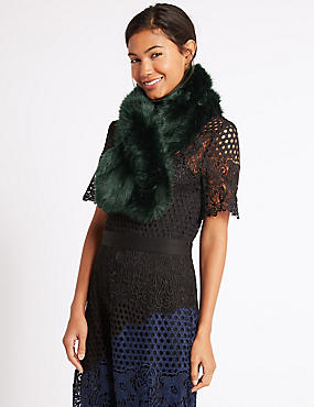 Faux Fur Slot Through Scarf, GREEN, catlanding