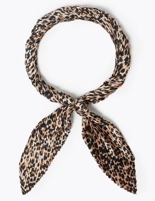 Pleated Animal Print Neckerchief