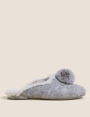 Felt Pom Pom Faux Fur Mule Slippers