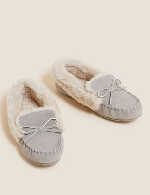 Suede Faux Fur Cuff Moccasin Slippers