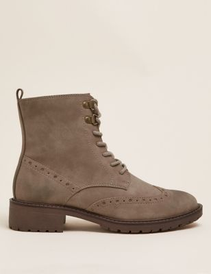 Lace Up Brogue Detail Ankle Boots