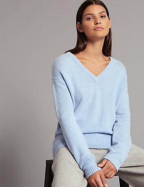 Pure Cashmere Bow Back V-Neck Jumper, CHAMBRAY MIX, catlanding