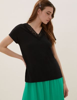 Linen V-Neck Relaxed T-Shirt