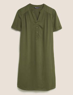 V-Neck Knee Length Shift Dress