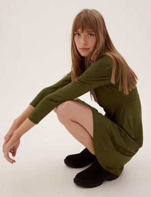 Jersey Round Neck Knee Length Tea Dress