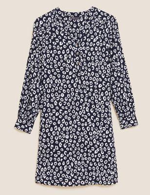 Animal Print V-Neck Knee Length Shift Dress