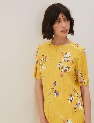 Jersey Floral Plisse Short Sleeve Top