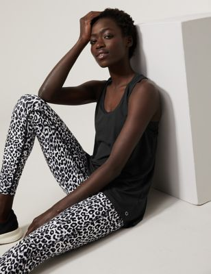 Scoop Neck Relaxed Sleeveless Yoga Top