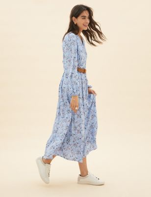 Ditsy Floral Maxi Tiered Dress