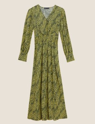 Printed V-Neck Shirred Midi Waisted Dress