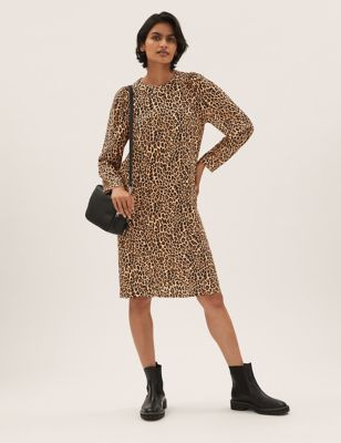 Animal Print Puff Sleeve Shift Dress