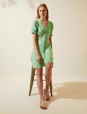 Floral V-Neck Mini Tea Dress