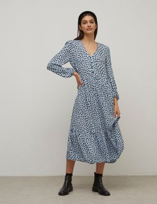 Printed V-Neck Midaxi Smock Dress