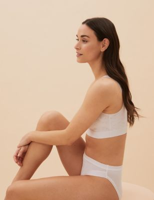 Flexifit™ Lace Non Wired Crop Top
